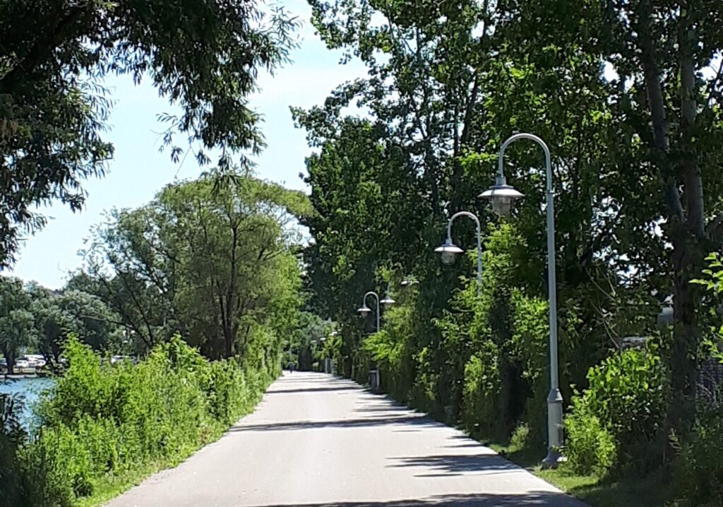 Bayfront Park Trail is wide, paved and a one of the great trails for kids in Hamilton.